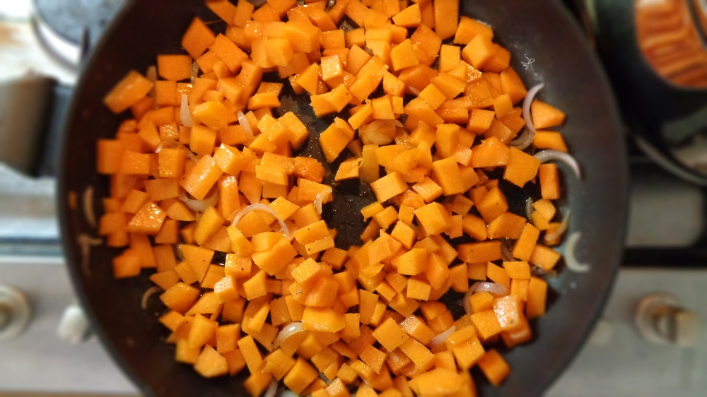Preparazione crema di zucca