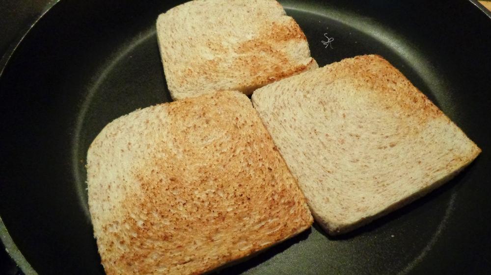Pane integrale tostato per tramezzini