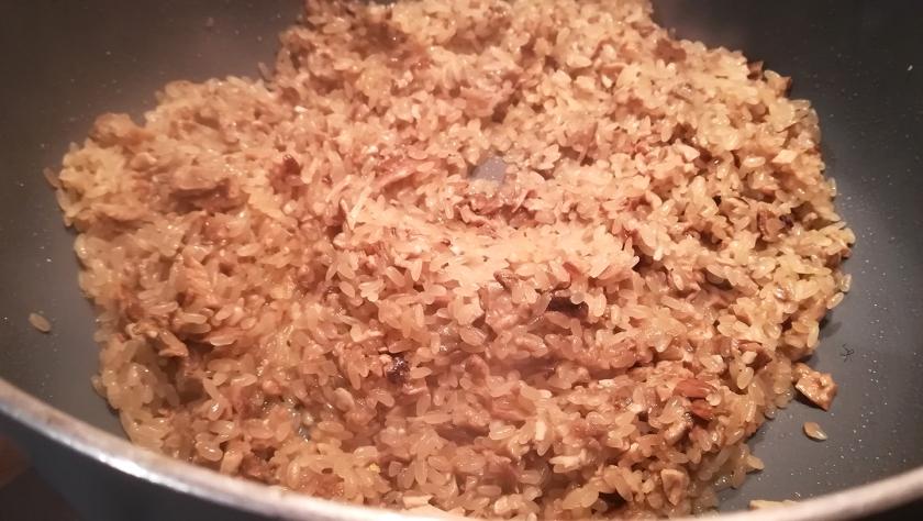 Preparazione del risotto ai funghi