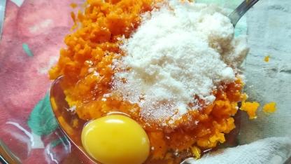 Preparazione flan di carote