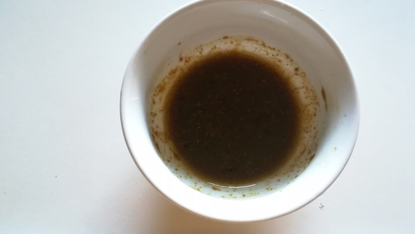 Dressing di salsa di soia, olio e curry