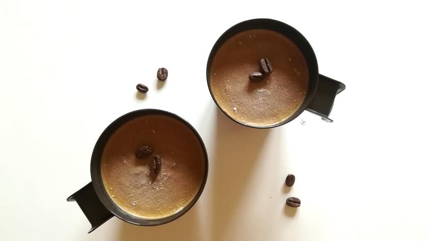 Coppa al caffè senza lattosio