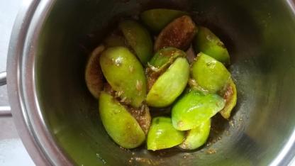 Fichi caramellati al profumo di cannella e limone