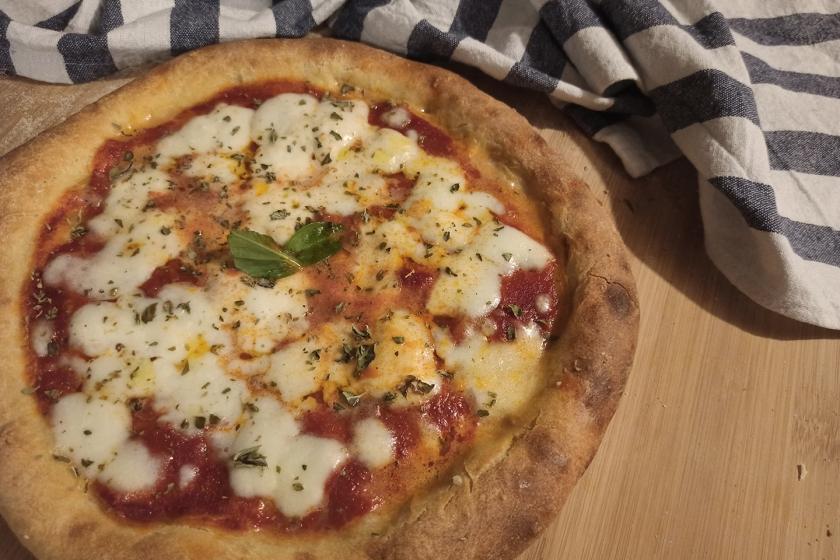 Pizza Margherita con impasto a lievitazione 24h